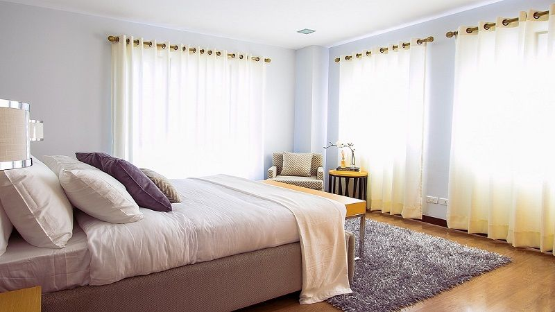 5 Simple Things to Help Make a Bedroom Look Bigger