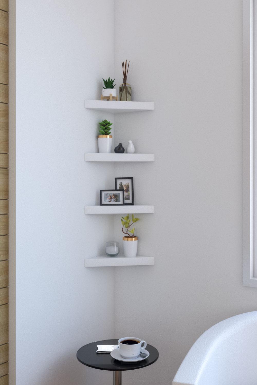 Simple modern triangle corner wall shelf