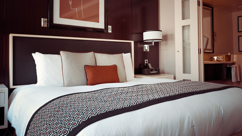 How to Make a Bed Look Luxurious