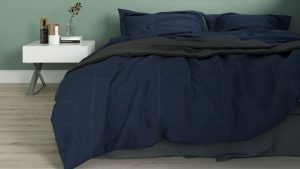 Best Wall Color for Navy Bedding (8 Color Ideas with Images)
