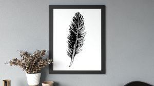What Color Picture Frames Go With Gray Wall?